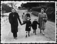 Family in Guernsey on a day out from Sark , 1948